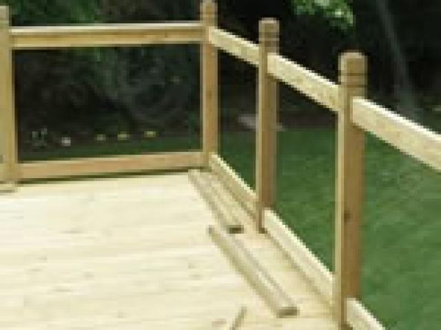 Centerville Wood Deck Builder